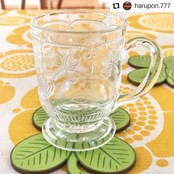 #Repost @harupon.777 • • • • • • * 'Apila' on 'Apila' * アピラ(クローバー)柄のグラスに合わせたくてアピラ柄のコースターを購入。カップは以前に対のソーサーとアップしたのと同じモノ。Sunday morningという名のテーブルクロスと共に🍀 * * #nuutajarvi #apila #kerttunurminen #vintageglass #finnishglass #finnishdesign #sunnuntai #birgerkaipiainen #interiordesign #midcenturyhome #ヌータヤルヴィ #アピラ #カイピアイネン #スンヌンタイ #北欧ヴィンテージ #北欧食器 #北欧雑貨 #北欧ヴィンテージ食器 #スンヌンタイ #カイピアイネン #北欧インテリア #インテリアデザイン #インテリアコーディネート #シンプルライフ #ミニマムライフ #丁寧な暮らし #インテリア好きな人と繋がりたい #인테리어 #인테리어디자인 #도쿄 #kuovi